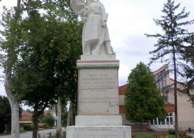 Kocsér I. világháborús emlékmű 2014. 05.03. küldő-belamiki