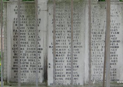 Kocs II.vh emlékmű 2008.07.04. küldő-Kályhás (3)