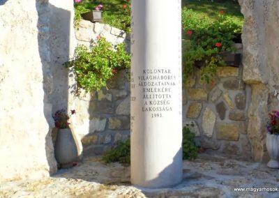 Kolontár világháborús emlékmű 2013.10.08. küldő-Méri (2)