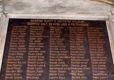 Komárom Szent András templom I. világháborús emlékmű 2014.01.12. küldő-Méri (4)
