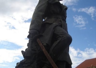 Komárom világháborús emlékmű 2008.10.30.küldő-Huszár Peti (5)