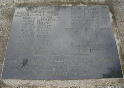Komárom világháborús emlékmű 2008.10.30.küldő-Huszár Peti (8)