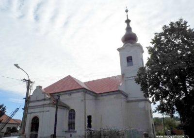 Komáromszentpéter,  református templom