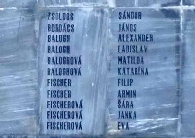 Komáromszentpéter világháborús emlékmű 2013.09.15. küldő-Méri (7)