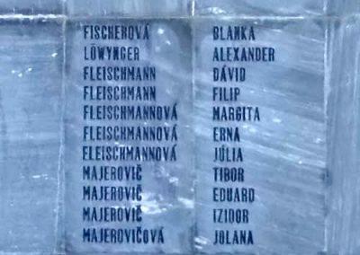 Komáromszentpéter világháborús emlékmű 2013.09.15. küldő-Méri (8)