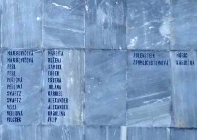 Komáromszentpéter világháborús emlékmű 2013.09.15. küldő-Méri (9)