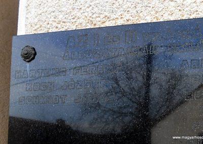 Komló-Kisbattyán világháborús emléktábla 2014.12.14. küldő-Turul 68 (3)