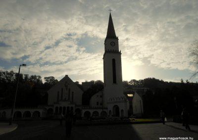 Komló világháborús emlékmű 2014.10.12. küldő-Turul 68