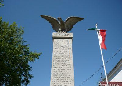 Komlósd világháborús emlékmű 2009.05.08.küldő-Sümec (1)
