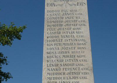 Komlósd világháborús emlékmű 2009.05.08.küldő-Sümec (2)