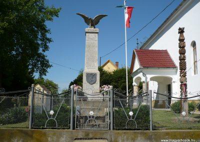 Komlósd világháborús emlékmű 2009.05.08.küldő-Sümec