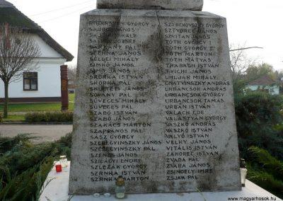 Kondoros világháborús emlékmű 2014.11.20. küldő-Sümec (10)