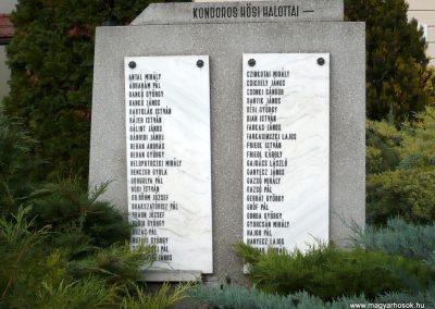 Kondoros világháborús emlékmű 2014.11.20. küldő-Sümec (13)