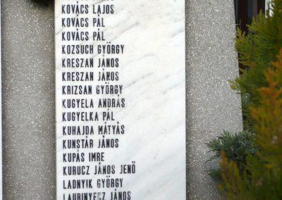 Kondoros világháborús emlékmű 2014.11.20. küldő-Sümec (21)