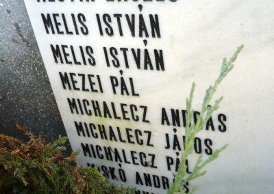 Kondoros világháborús emlékmű 2014.11.20. küldő-Sümec (26)
