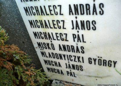 Kondoros világháborús emlékmű 2014.11.20. küldő-Sümec (27)