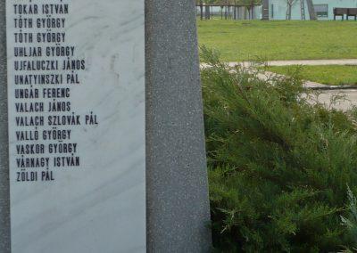 Kondoros világháborús emlékmű 2014.11.20. küldő-Sümec (31)