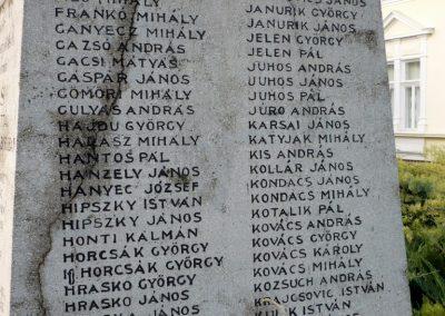 Kondoros világháborús emlékmű 2014.11.20. küldő-Sümec (6)