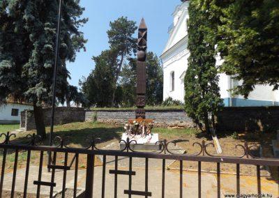 Konyár I. és II. világháborús emlékmű 2018.05.28. küldő-Bóta Sándor (19)