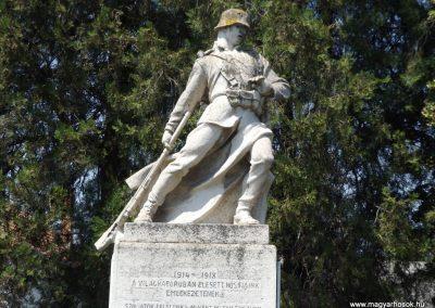 Konyár I. és II. világháborús emlékmű 2018.05.28. küldő-Bóta Sándor (3)