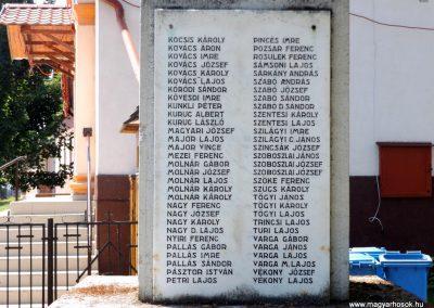 Konyár I. és II. világháborús emlékmű 2018.05.28. küldő-Bóta Sándor (6)