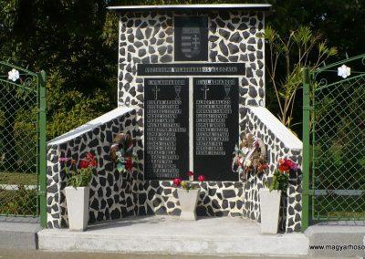 Korlát világháborús emlékmű 2009.10.06. küldő-Gombóc Arthur (1)