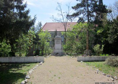 Kosd világháborús emlékmű 2012.04.20. küldő-kalyhas