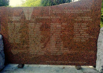 Kozármisleny világháborús emlékmű 2012.04.05. küldő-Turul 68 (5)
