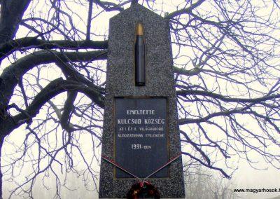 Kulcsod világháborús emlékmű 2012.12.16. küldő-Méri (1)