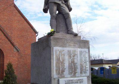 Kuncsorba világháborús emlékmű 2009.03.16. küldő-miki