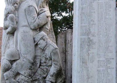 Kunhegyes világháborús emlékmű 2008.08.21. küldő-Kályhás (4)