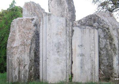 Kunhegyes világháborús emlékmű 2008.08.21. küldő-Kályhás (7)