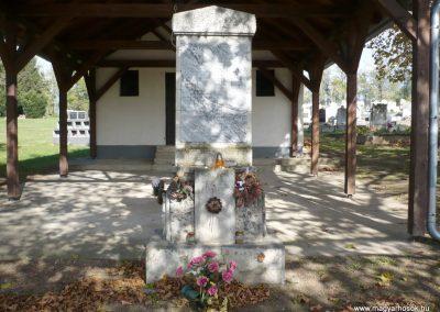 Kup világháborús emlékmű 2013.10.18. küldő-Sümec (2)