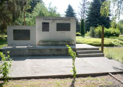 Kutas II. világháborús emlékmű 2012.06.28. küldő-Sümec (1)