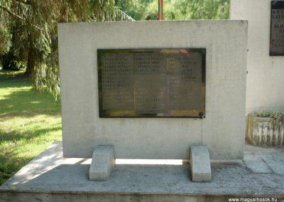 Kutas II. világháborús emlékmű 2012.06.28. küldő-Sümec (7)