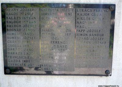 Kutas II. világháborús emlékmű 2012.06.28. küldő-Sümec (8)