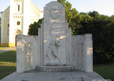 Lábatlan I.vh emlékmű 2008.07.05.küldő-Kályhás (1)