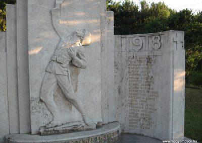 Lábatlan I.vh emlékmű 2008.07.05.küldő-Kályhás (3)