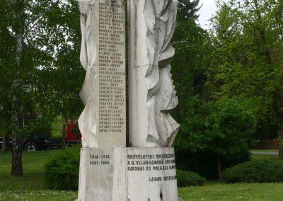 Lábod világháborús emlékmű 2009.04.21.küldő-Sümec (1)