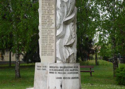 Lábod világháborús emlékmű 2009.04.21.küldő-Sümec