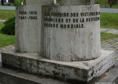 Lábod világháborús emlékmű 2009.04.21.küldő-Sümec (7)