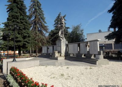 Létavértes világháborús emlékmű 2017.06.22. küldő-kalyhas (15)