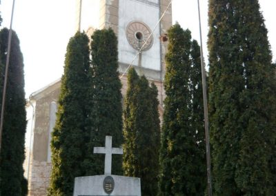 Lócs világháborús emlékmű 2011.02.23. küldő-Ágca