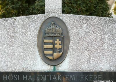 Lócs világháborús emlékmű 2011.02.23. küldő-Ágca (5)
