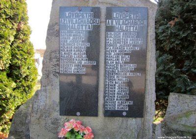 Lövőpetri világháborús emlékmű 2014.02.24. küldő-kalyhas (3)