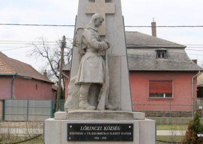 Lőrinci I.vh emlékmű 2009.03.27. küldő-kalyhas (3)