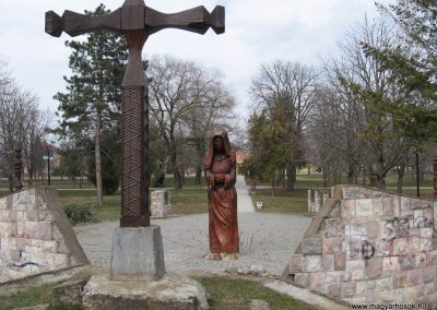 Lőrinci II.vh emlékmű 2009.03.27. küldő-kalyhas (2)