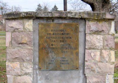Lőrinci II.vh emlékmű 2009.03.27. küldő-kalyhas (6)