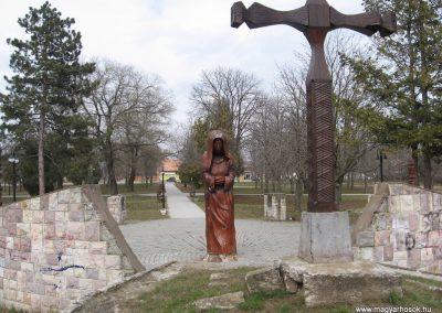 Lőrinci II.vh emlékmű 2009.03.27. küldő-kalyhas (7)
