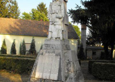 Lakócsa I. világháborús emlékmű 2012.08.01. küldő-KRySZ